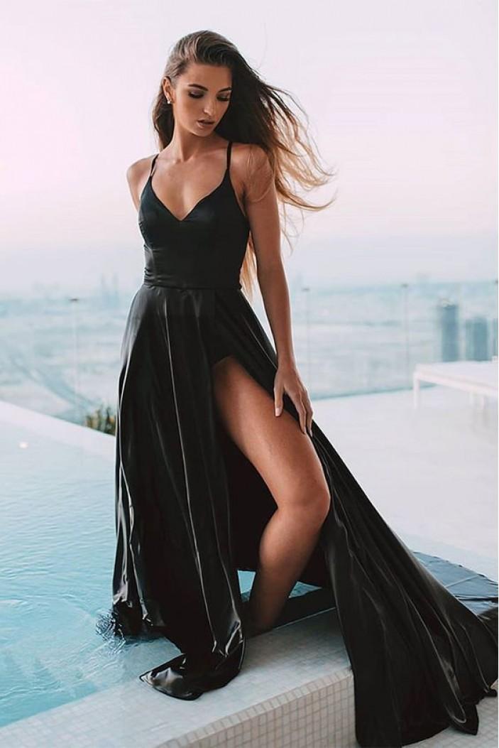 A-Line Long Black V-Neck Prom Dresses Formal Evening Gowns 6011538