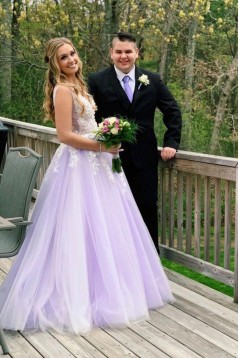 A-Line Lace Tulle V-Neck Long Prom Dresses Formal Evening Gowns 601822