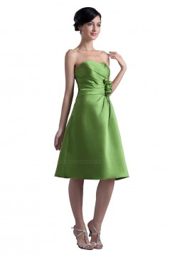 A-Line Short Green Satin Bridesmaid Dresses/Wedding Party Dresses BD010043