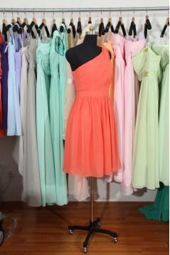 A-Line One-Shoulder Short Chiffon Bridesmaid Dresses/Wedding Party Dresses BD010699