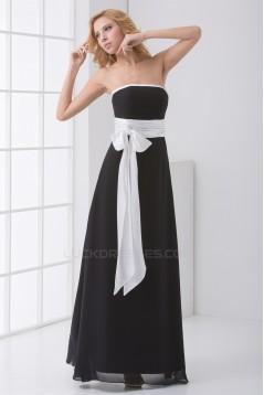 A-Line Strapless Sleeveless Long Black White Chiffon Bridesmaid Dresses 02010147