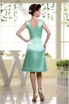 A-Line Short V-Neck Knee-Length Sleeveless Pleats Bridesmaid Dresses 02010226