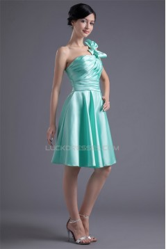 A-Line Knee-Length Bows Sleeveless Satin One-Shoulder Short Bridesmaid Dresses 02010465