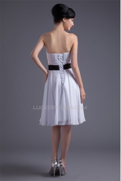 Knee-Length Strapless Sleeveless Chiffon Short White Bridesmaid Dresses 02010494