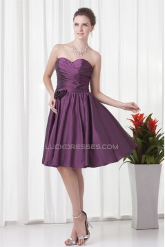 Sleeveless Handmade Flowers A-Line Knee-Length Taffeta Bridesmaid Dresses 02010525