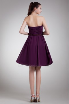 Sleeveless Strapless Knee-Length Chiffon Short Purple Bridesmaid Dresses 02010532