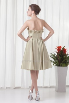 A-Line Strapless Sleeveless Taffeta Beading Knee-Length Bridesmaid Dresses 02010541