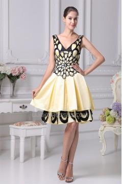 A-Line V-Neck Knee-Length Silk like Satin Sleeveless Mother of the Bride Dresses 2040102