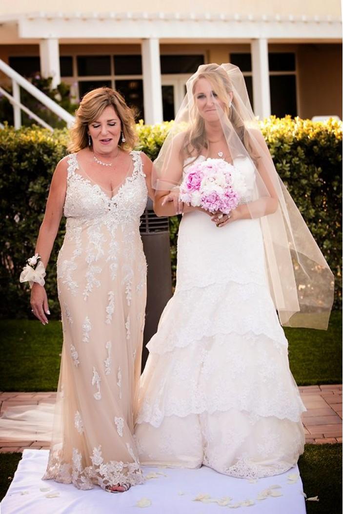 Elegant Lace V-Neck Mother of The Bride Dresses 602052
