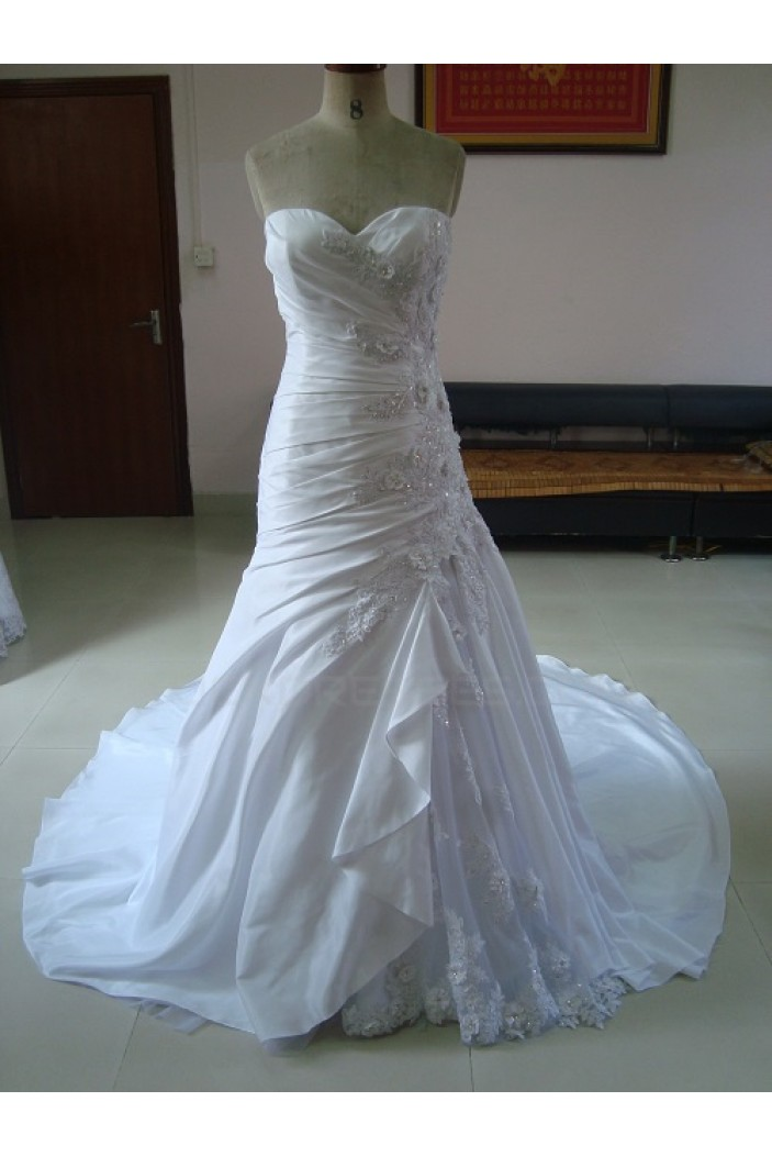 A-line Sweetheart Chapel Train Applique Bridal Wedding Dresses WD010050