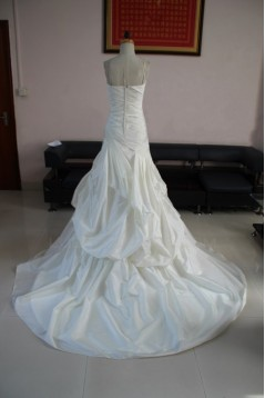 A-line Strapless Chapel Train Bridal Wedding Dresses WD010079