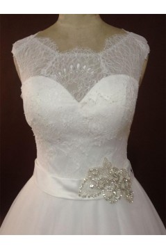 Elegant A-line Chapel Train Lace Bridal Wedding Dresses WD010154