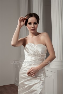 A-Line Sweetheart Court Train Beautiful Wedding Dresses 2031022
