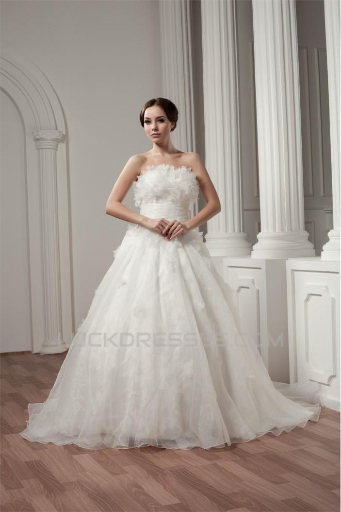 A-Line Sleeveless Strapless Court Train Wedding Dresses 2031035