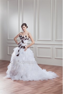 Unique Design Sweetheart Satin Organza Ball Gown Sleeveless Wedding Dresses 2031042