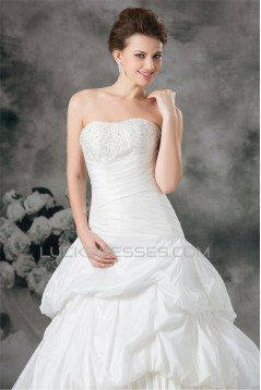 A-Line Soft Sweetheart Taffeta Sleeveless Beaded Applique Wedding Dresses 2031091