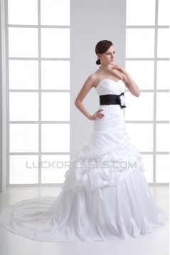 Amazing Sweetheart Sleeveless Taffeta Ball Gown Wedding Dresses 2031117