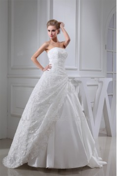Ball Gown Strapless Floor-Length Lace Wedding Dresses 2030117