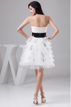A-Line Strapless Satin Fine Netting Short Wedding Dresses 2031533