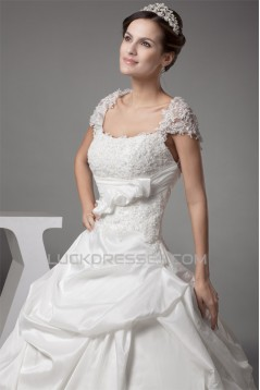 Taffeta Fine Netting Square Short Sleeve Lace Wedding Dresses 2030493