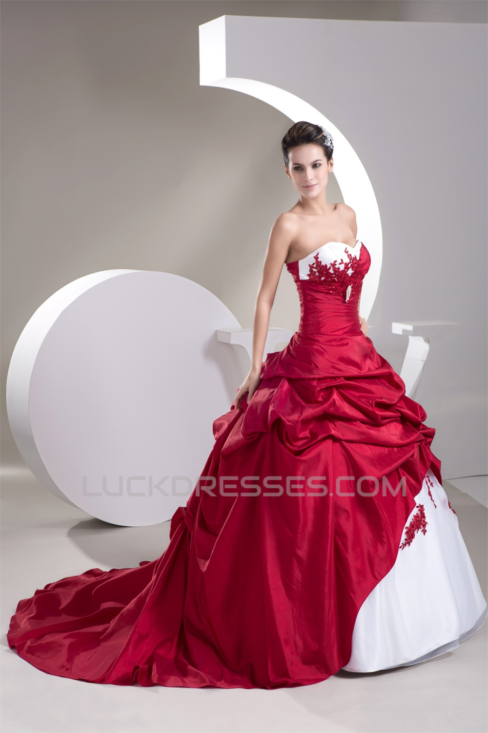 Ball Gown Red White Beading Applique Wedding Dresses 2030649