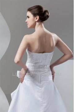 Fashionable A-Line Strapless Satin Sleeveless Wedding Dresses 2030702
