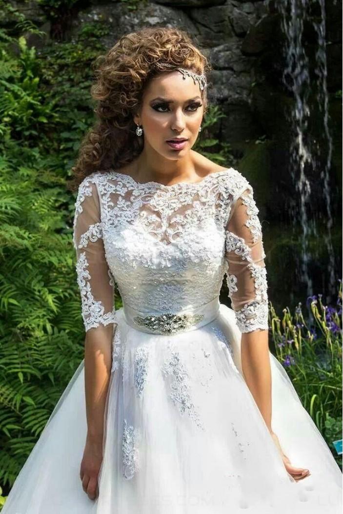 Bateau Neckline Half Sleeves Lace Wedding Dresses Bridal Gowns 3030303