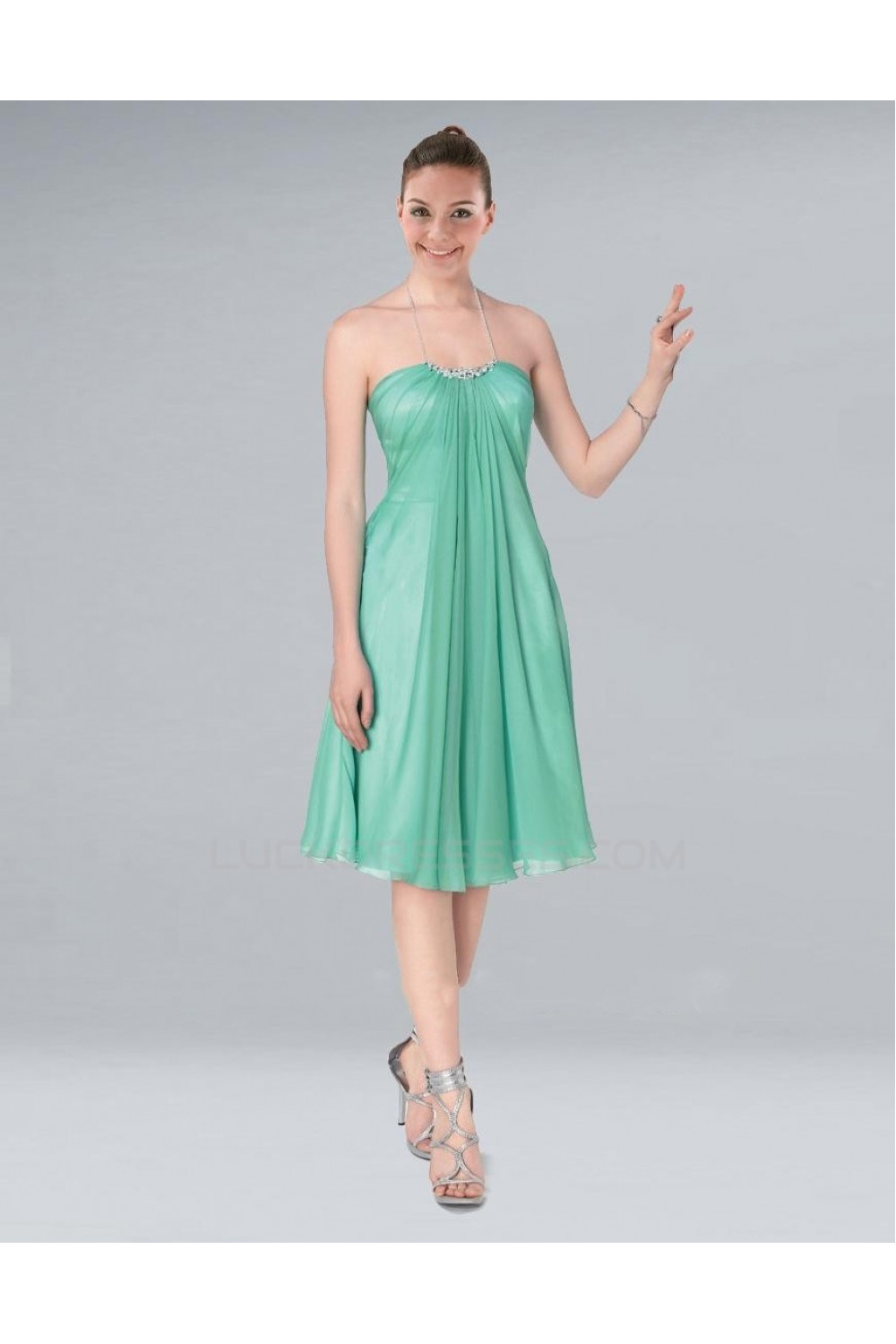 A line halter short green chiffon bridesmaid dresses for Short green wedding dresses
