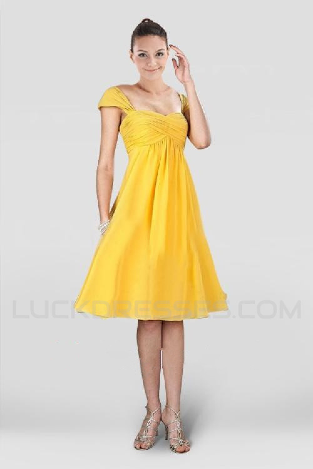 31cf6a25a01 A-Line Short Yellow Chiffon Bridesmaid Dresses Wedding Party ...