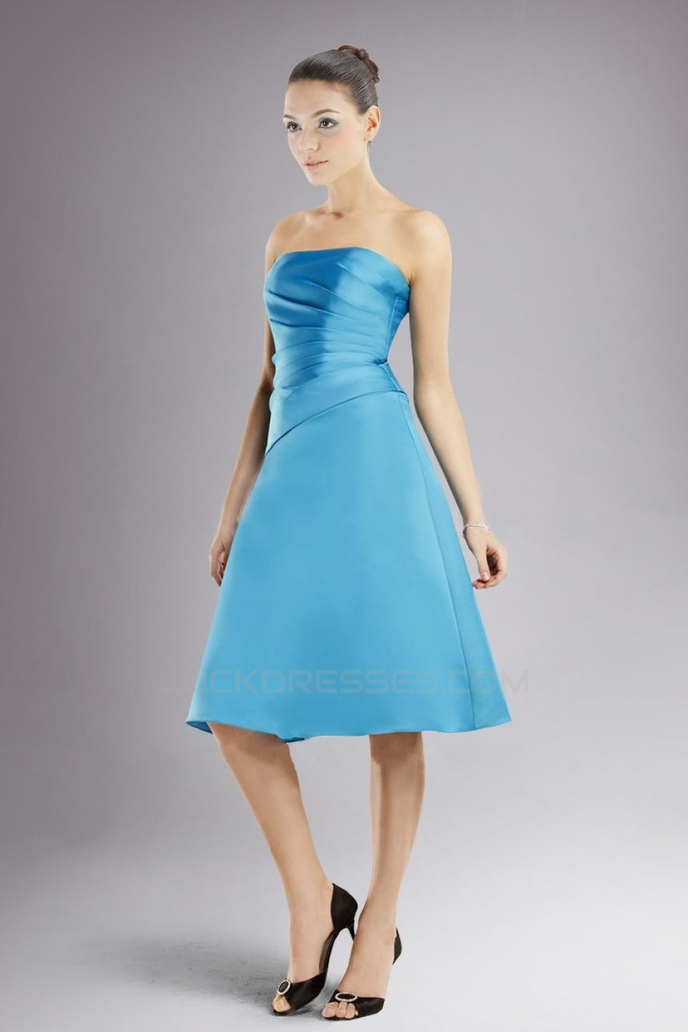 A-Line Strapless Blue Knee-Length Bridesmaid Dresses/Wedding Party ...