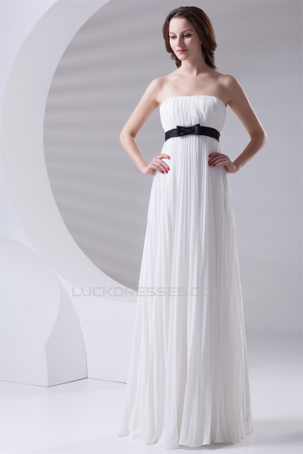 Empire Strapless Long White Chiffon Bridesmaid Dresses