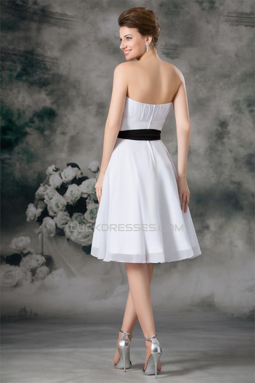 A Line Sleeveless Chiffon Short White Bridesmaid Dresses
