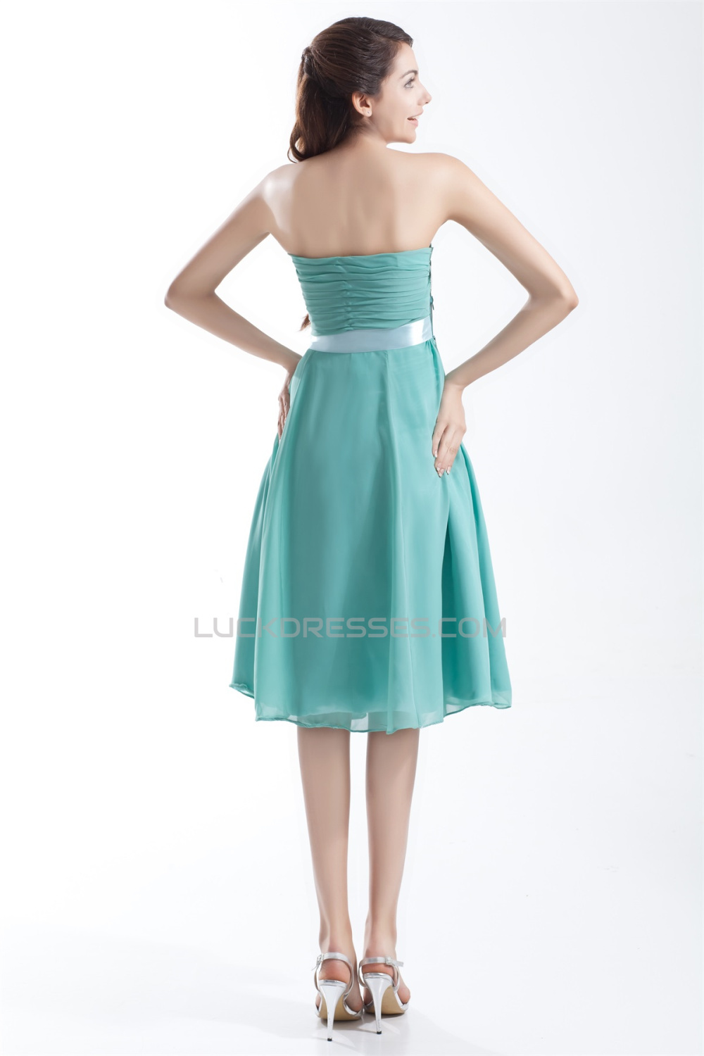 sleeveless wedding dresses knee length strapless sleeveless chiffon bridesmaid 7546