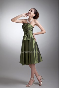 Handmade Flowers Taffeta Sleeveless Short Bridesmaid Dresses 02010544