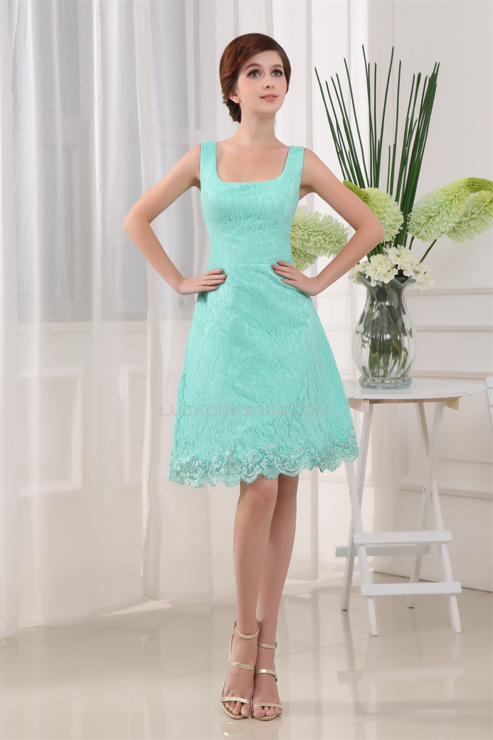 A-Line Knee-Length Square Sleeveless Lace Prom/Formal Evening ...