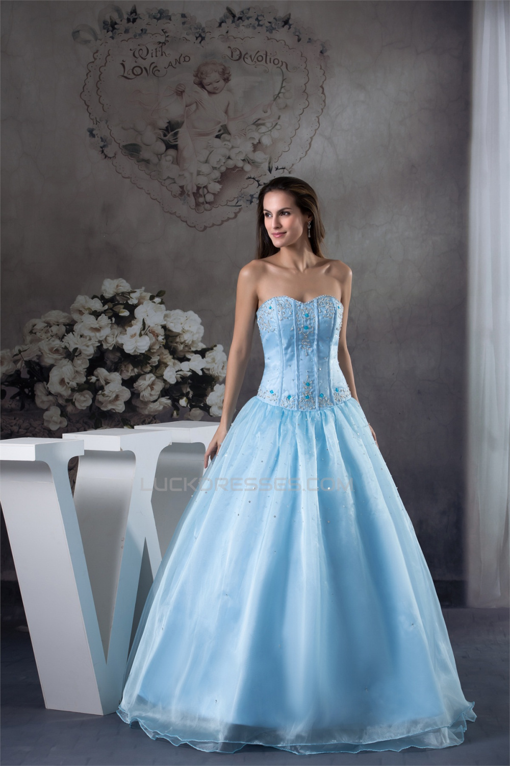 Ball Gown Floor-Length Beading Sweetheart Blue Prom/Formal