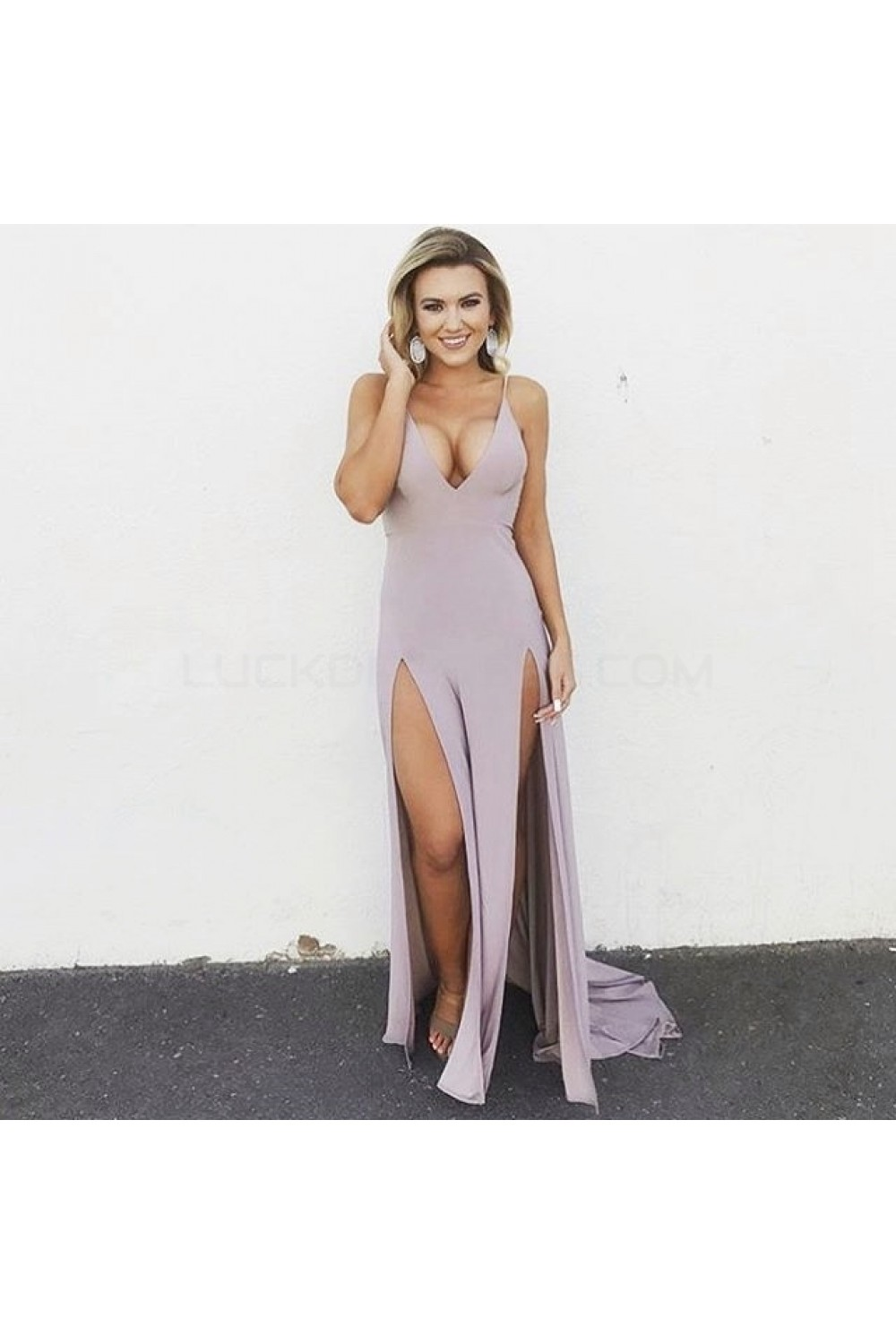 Sexy dresses with slits