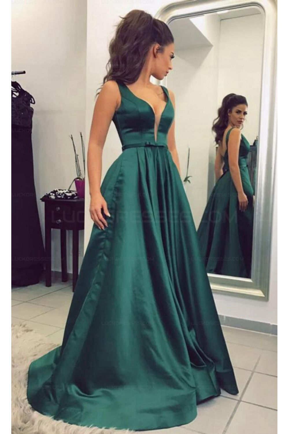 Elegant V Neck Long Green Prom Evening Formal Dresses 3021541