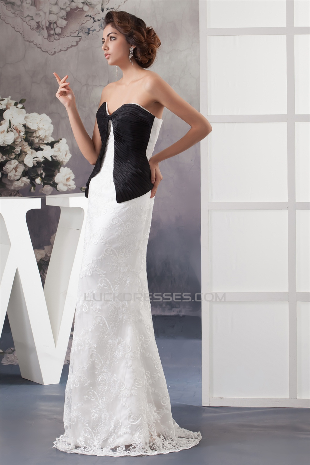 ded9a8319e73 Floor-Length Satin Lace Sheath/Column Sleeveless Mother of the Bride Dresses  2040126