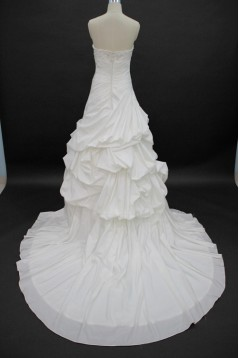 Affordable Ball Gown Sweetheart Chapel Train Bridal Wedding Dresses WD010140
