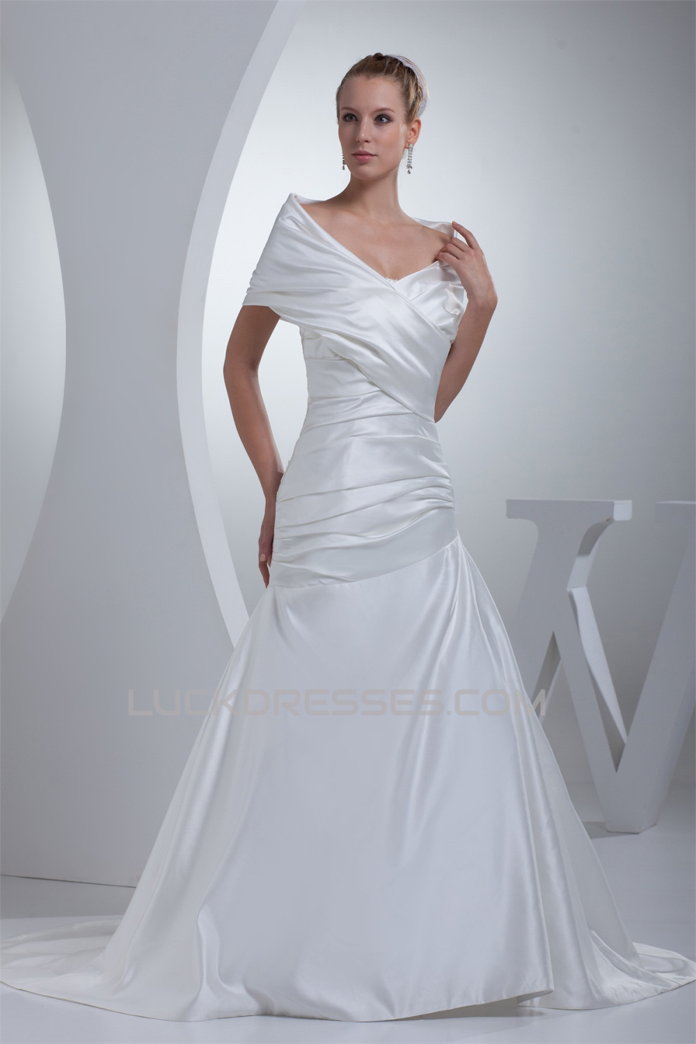 A-Line Portrait Beautiful Short Sleeve Satin Wedding Dresses 2030072