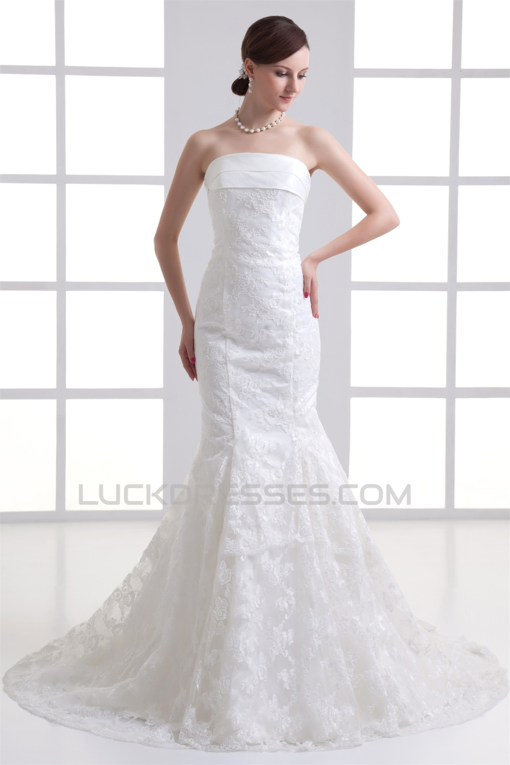 Satin Lace Mermaid Trumpet Sleeveless Strapless Wedding Dresses 2031277