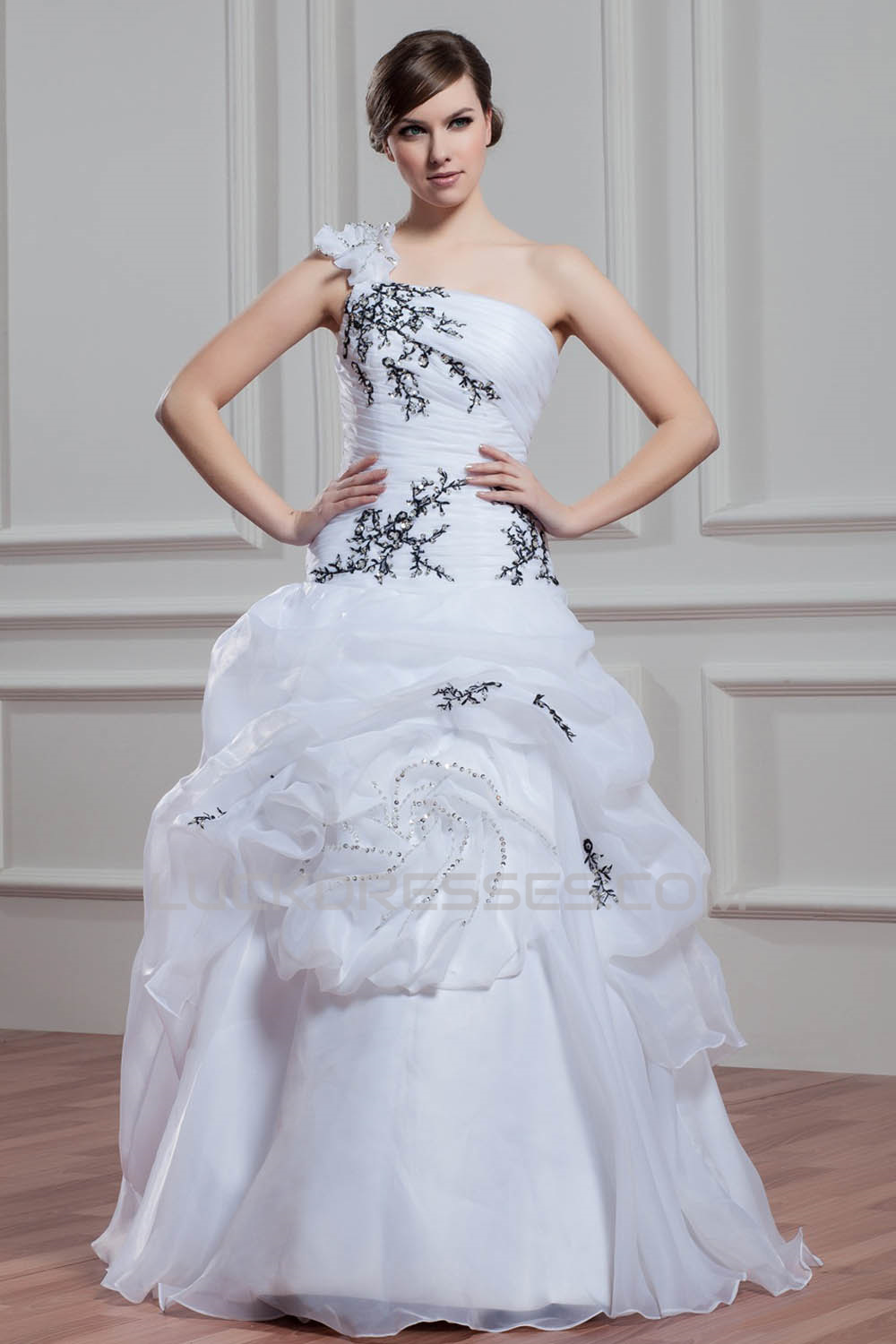 Satin Organza Ball Gown Sleeveless One-Shoulder Wedding Dresses 2030861
