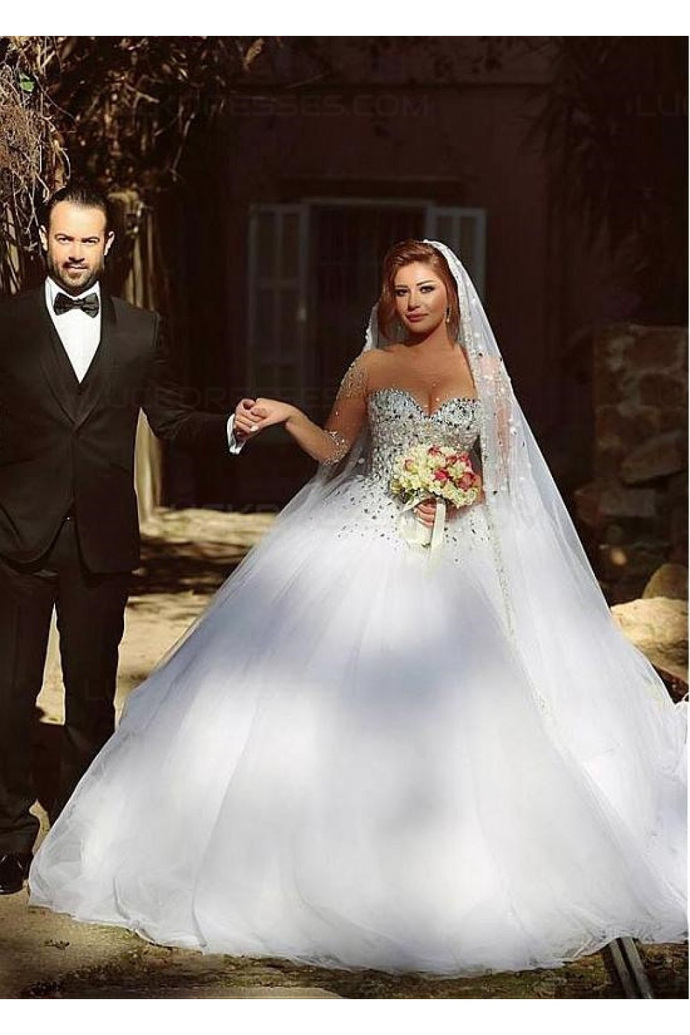 Long Sleeves Sheer Crystal Wedding Dresses Bridal Gowns 3030033