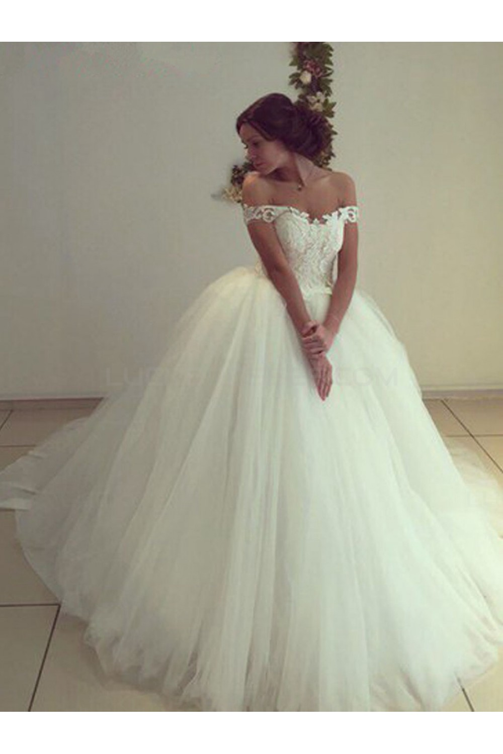 Lace Tulle Ball Gown Off-the-Shoulder Wedding Dresses Bridal Gowns ...